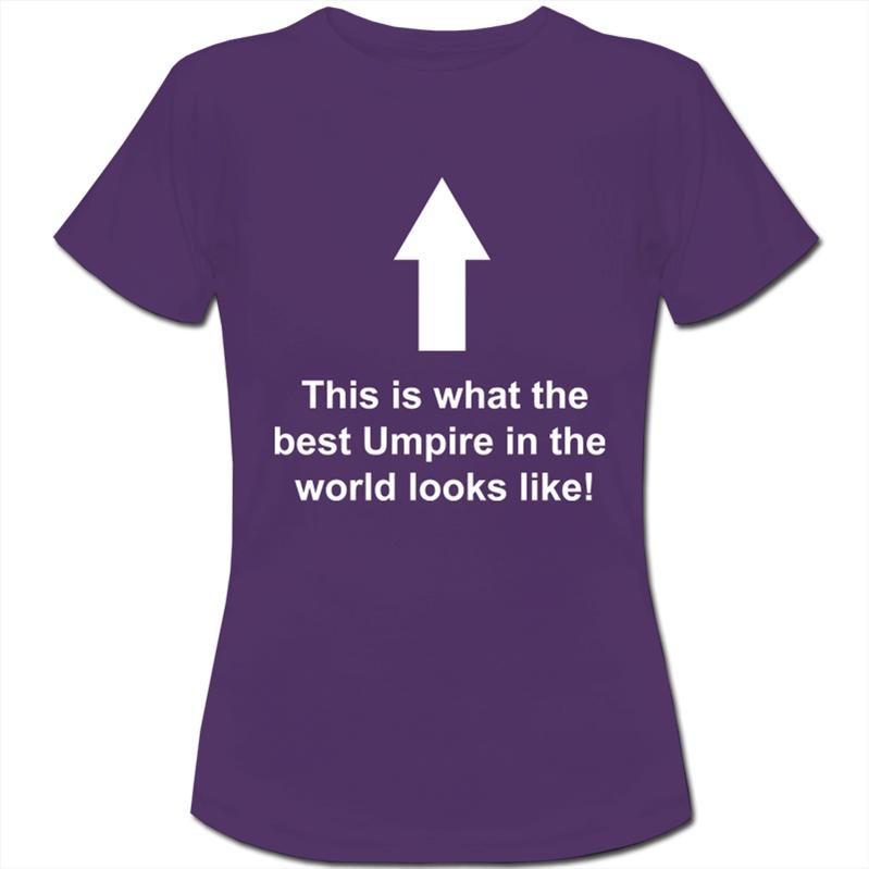 This-is-What-The-Best-Umpire-In-The-World-Looks-Like-Womens-Ladies-T-Shirt